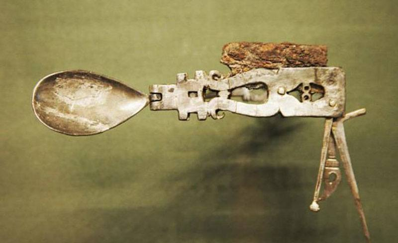 Original Roman Swiss Army Knife