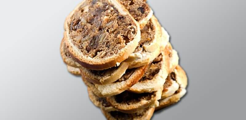 Bündner Birnenbrot - Traditional Swiss Breads