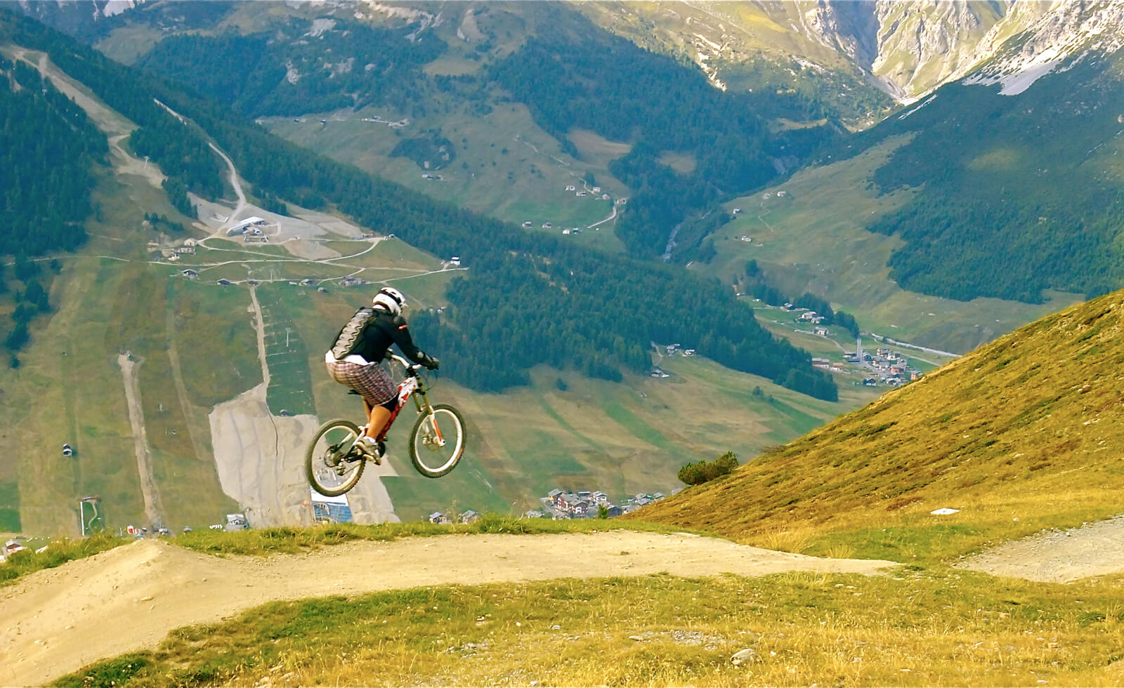 Downhill Biking in Switzerland