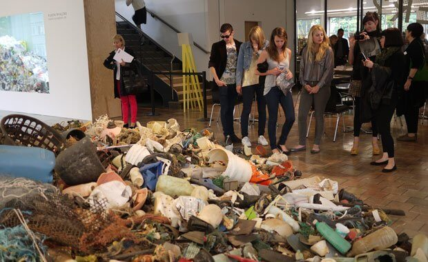 Museum fuer Gestaltung - Plastic Garbage Project