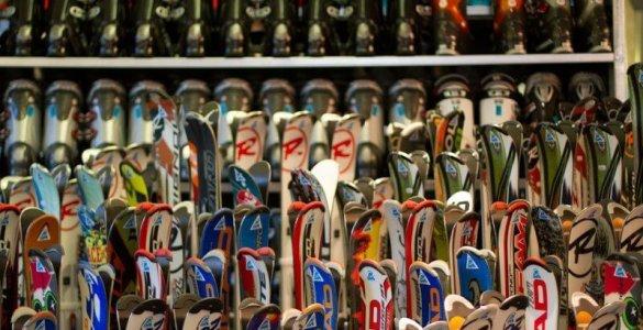Renting Skis in Switzerland