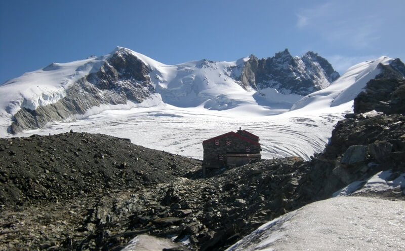 Swiss Mountain Huts - Cabane de Tracuit