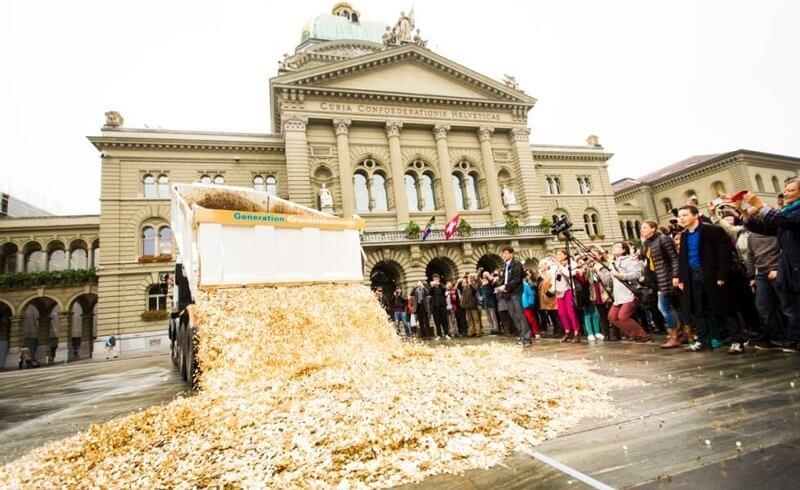 Money Bundesplatz Bern