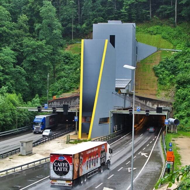 Unique Swiss Road - Belchen Tunnel