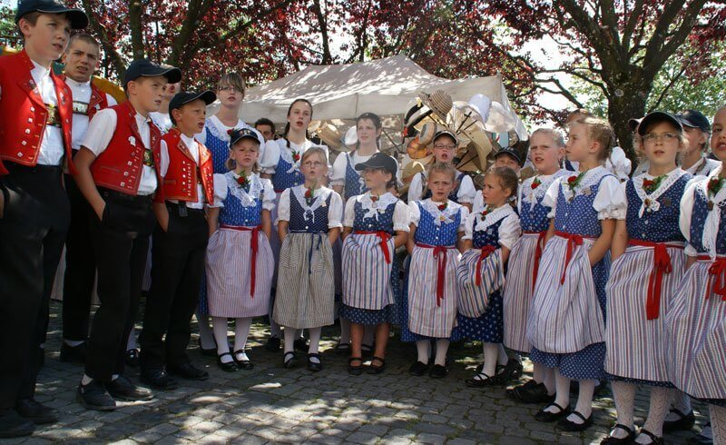 Things Swiss Abroad Miss - Laendler Swiss Folk Music