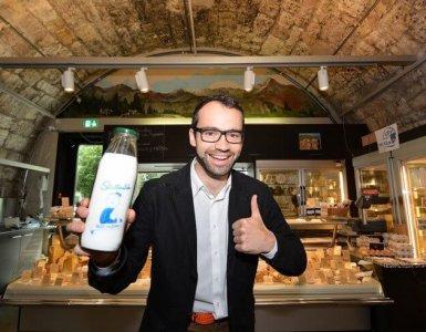 Stadtmilch - Swiss Milk Vending Machine