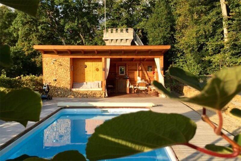 Airbnb - La Tourelle