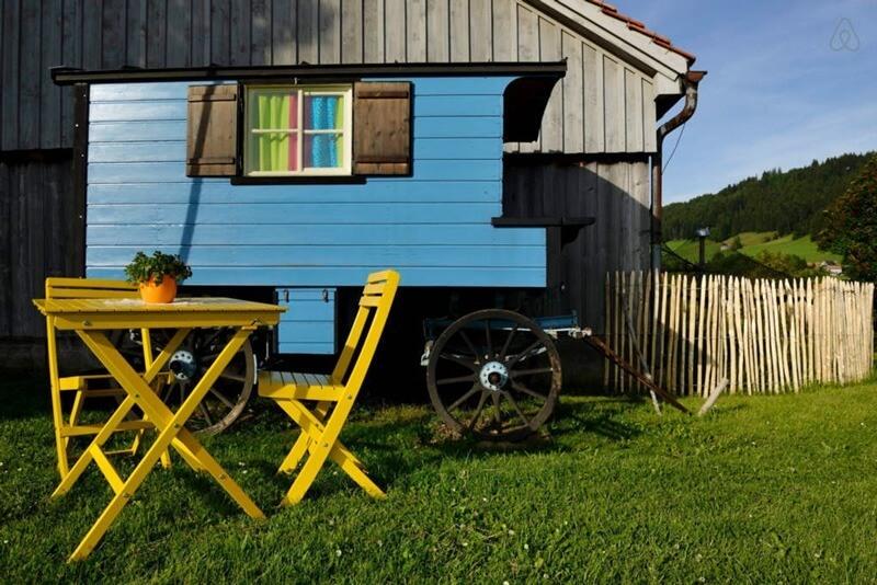Airbnb - Vagabond Trailer