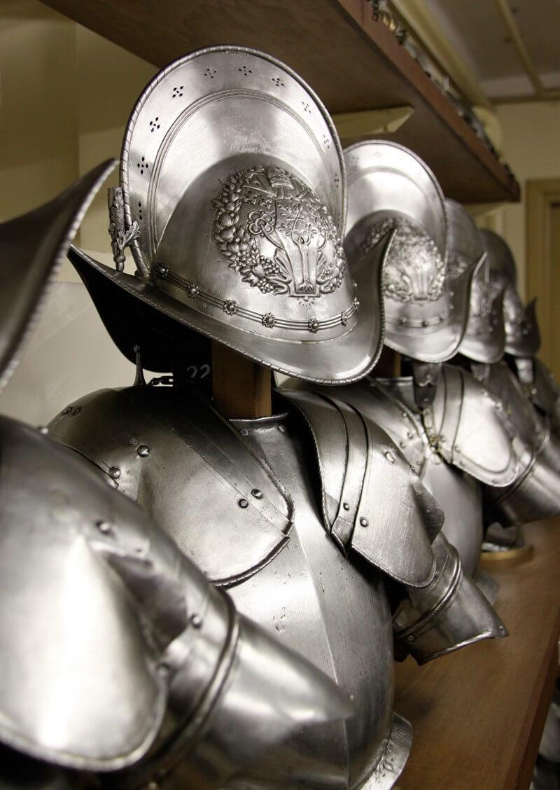 Pontificial Swiss Guards - Armor