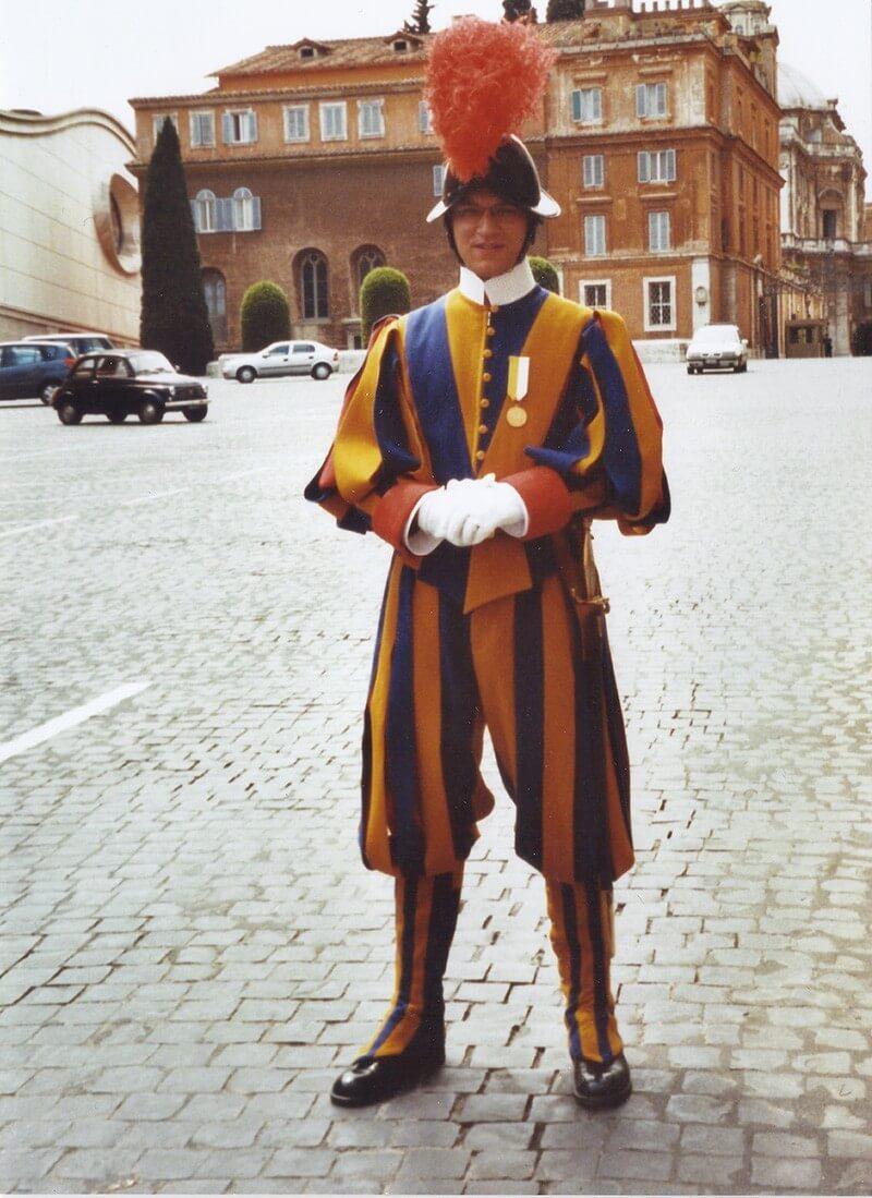 Pontificial Swiss Guards - Guard Duty