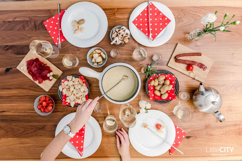 Cheese Fondue by LittleCITY