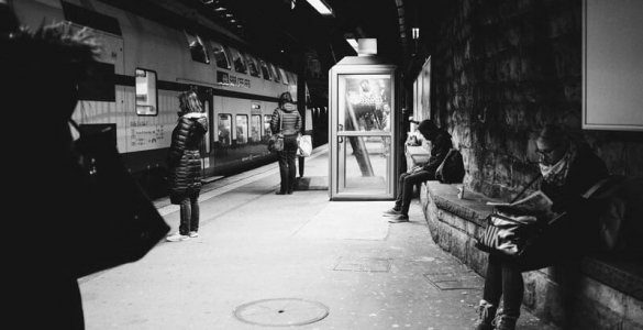"""Markus Fischer - """"At the tracks"""" Street Photography"""