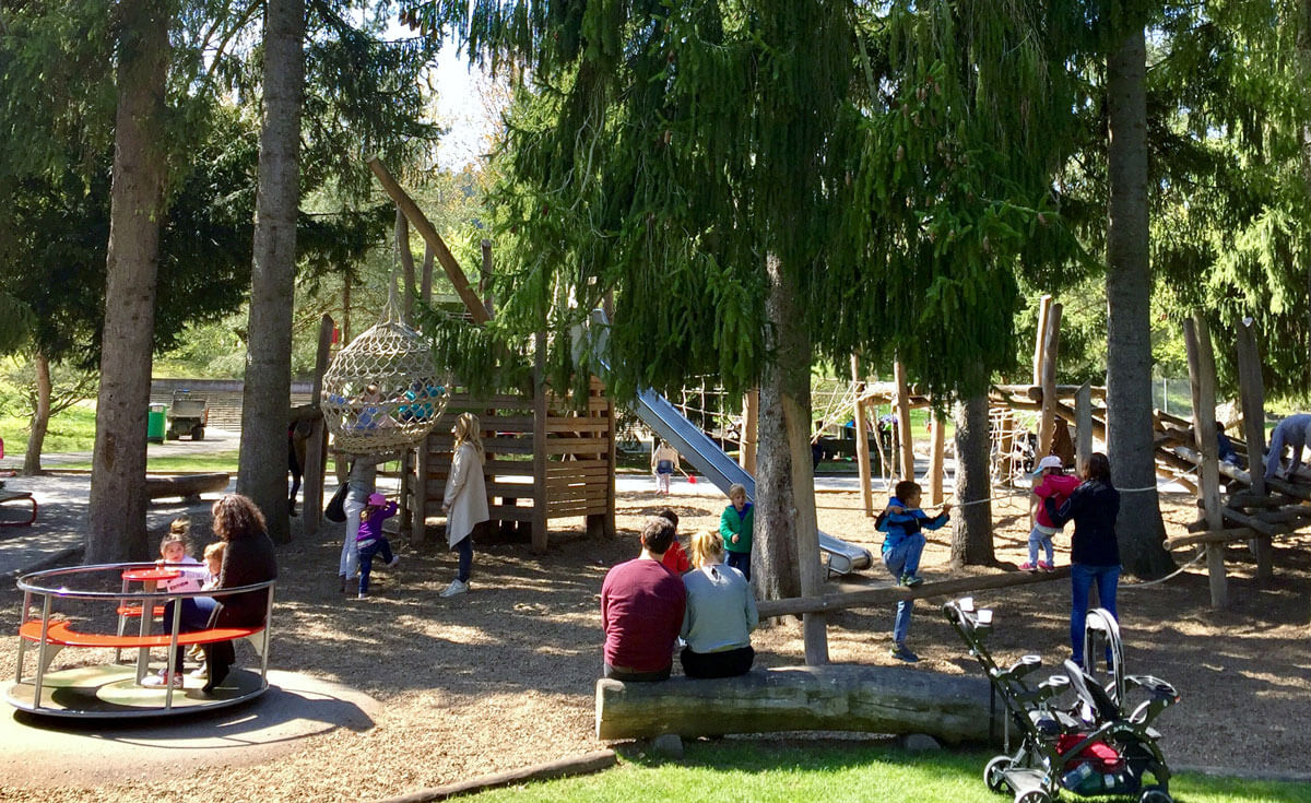 Zurich Playgrounds - Park im Gruene Rueschlikon