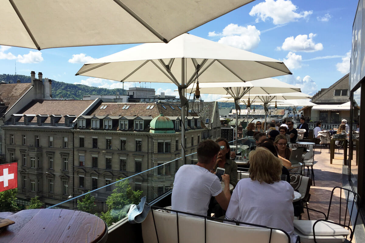 These are the best rooftop restaurants to visit in z rich for Terrace zurich