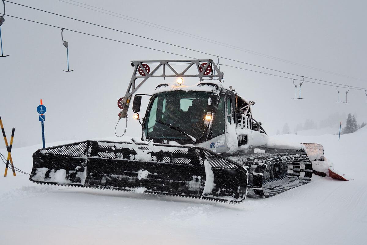 Snowcat Experience Lenk