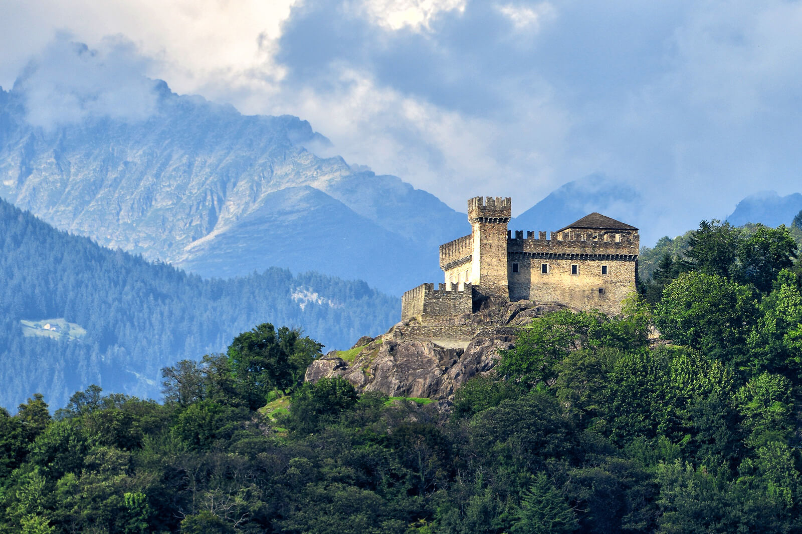 Bellinzona Castles - UNESCO World Heritage