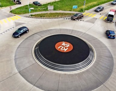 KUFA Kreisel - Turntable Roundabout in Lyss, Switzerland