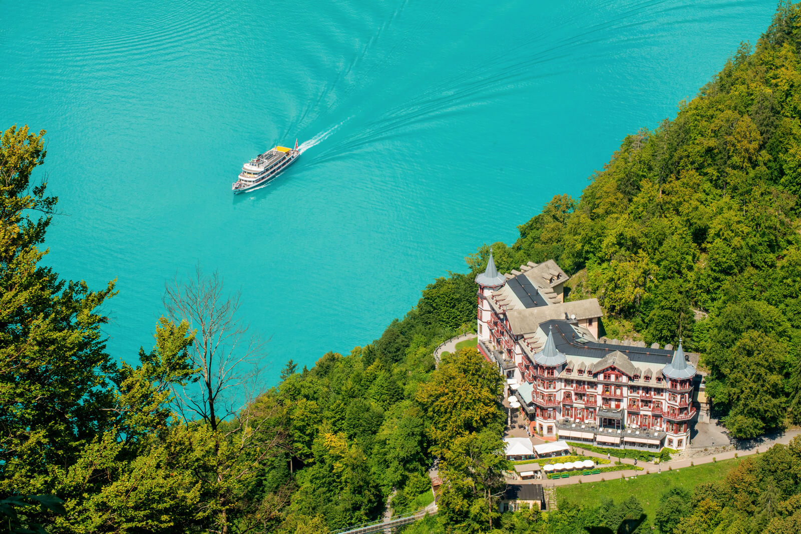 Lake Brienz Boat Cruise at Giessbach Hotel