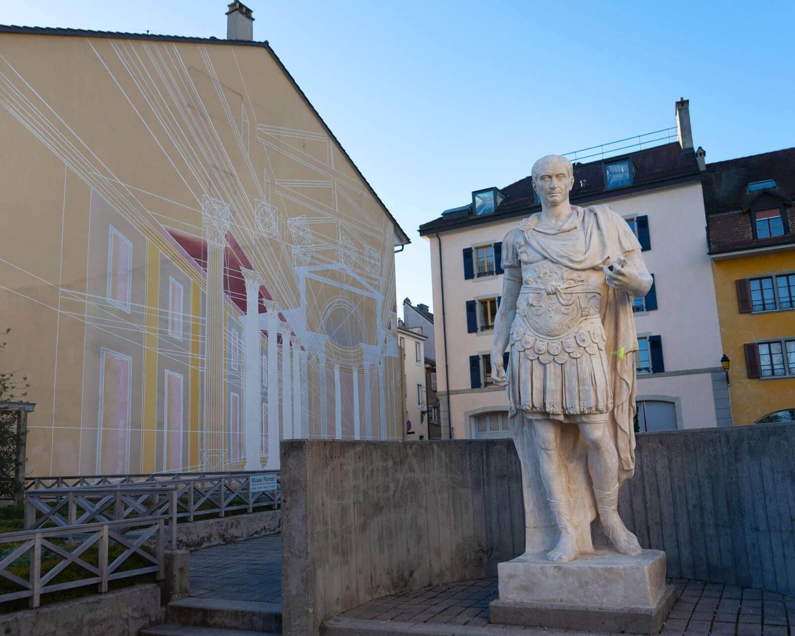 Instagramable Nyon - Roman Statue