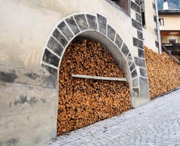 Swiss Way of Stacking Firewood