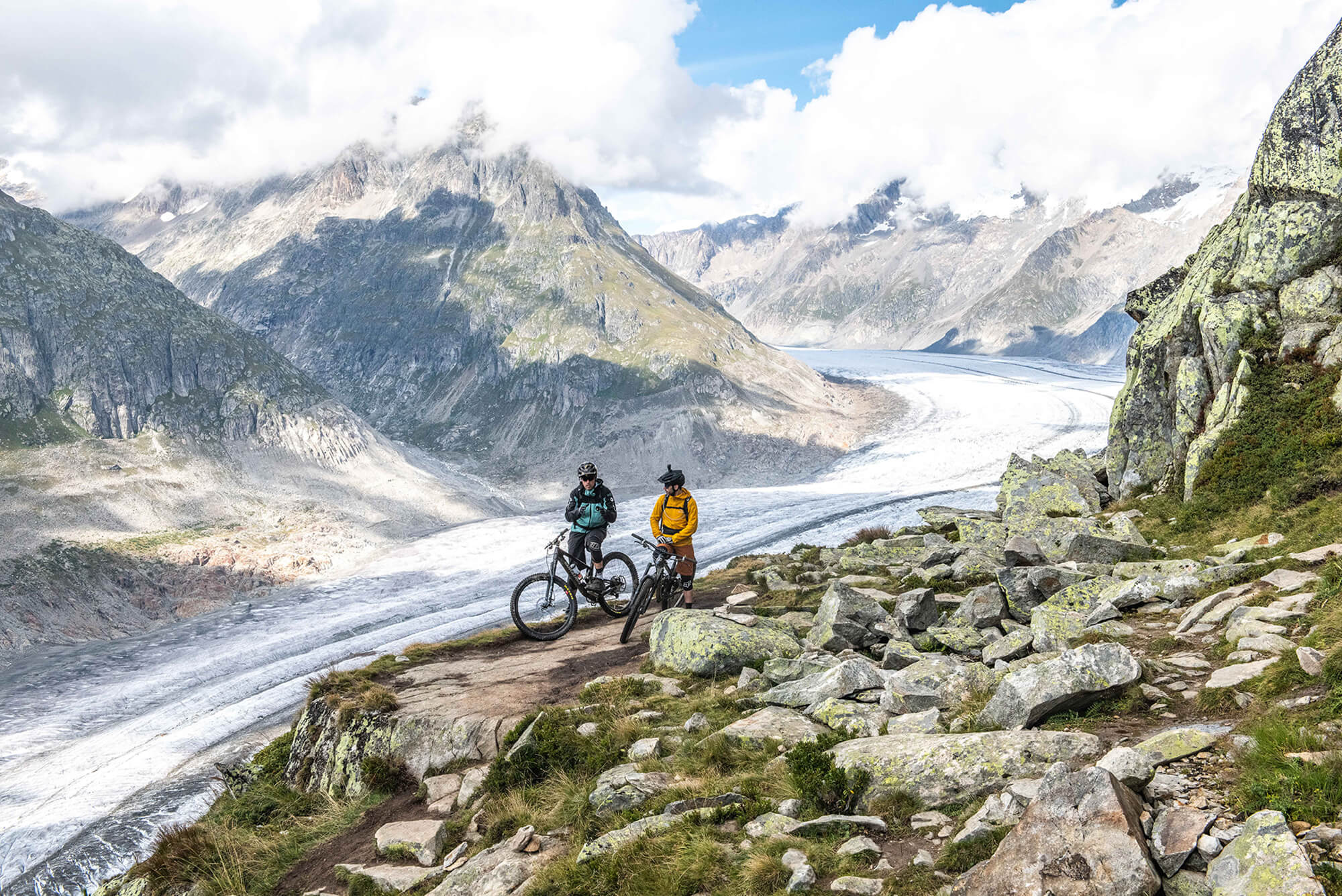 Stoneman Glaciara Mountain Bike Tour in Aletsch Arena
