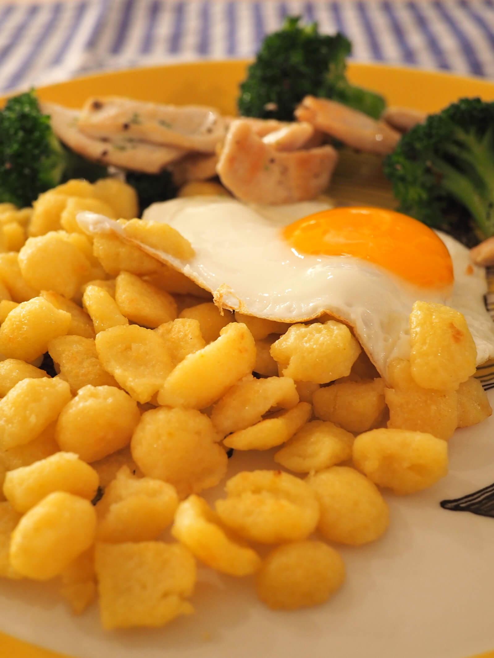 Spaetzle Chnoepfli Swiss Dish