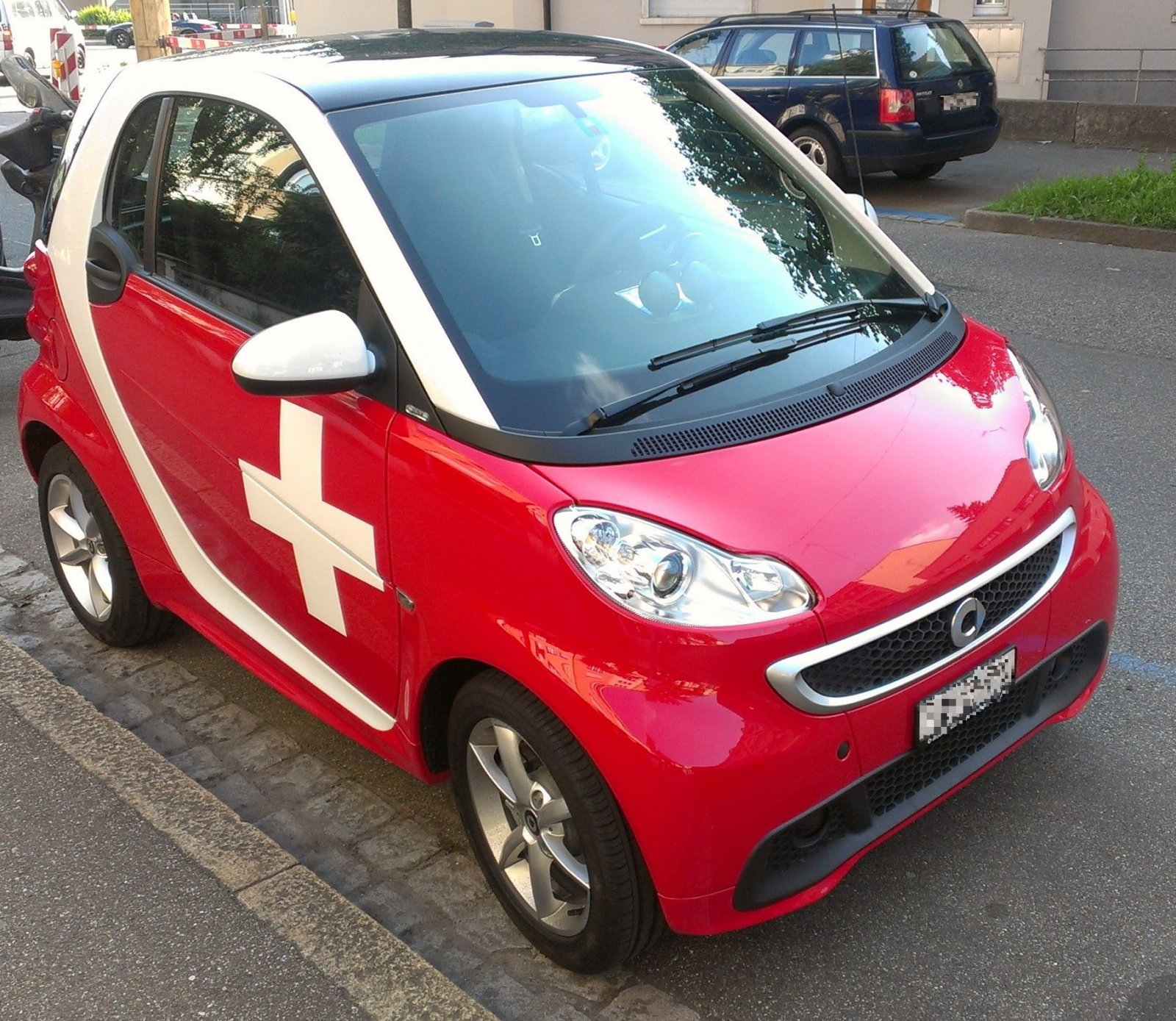 Smart Car with Swiss Cross