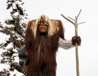 Tschäggättä Swiss Winter Tradition (Copyright Andy Storchenegger)