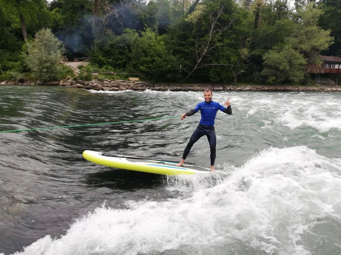 Bremgarten River Surfing - Samuel Brunner