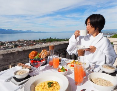 Breakfast with a view at the Lausanne Palace